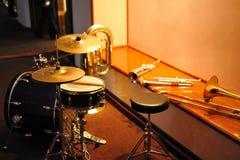 Instruments musicaux - Trombone de tambour de trompette Photos stock