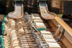 instrumentu muzycznego Stary i ?amany klawiaturowy ochraniacz zdjęcie royalty free