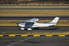 Instrutor de Cessna - o toque 'n vai Foto de Stock