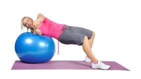 Instrutor fêmea novo apto dos pilates Foto de Stock