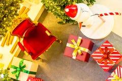 Intérieur à la maison d'étalage, décoration de Noël sur l'espace vital Photo stock