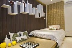 Intérieur à la maison moderne avec des meubles Images libres de droits