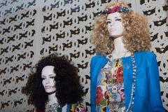 Intérieur à la mode de boutique dans le mail moderne Photographie stock libre de droits