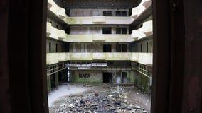 Intérieur abandonné d'hôtel dans le sao Miguel, Açores Image stock