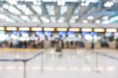 Intérieur abstrait d'aéroport de tache floue Image stock