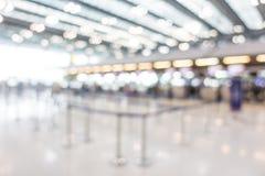 Intérieur abstrait d'aéroport de tache floue Photo stock