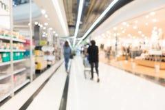 Intérieur abstrait de centre commercial de tache floue Photo libre de droits