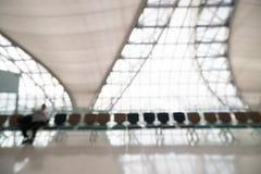 Intérieur abstrait de terminal d'aéroport de tache floue Photo stock