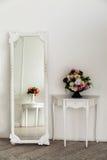 Intérieur aristocratique d'appartement dans le style classique Photo stock