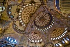 Intérieur bleu de mosquée Photographie stock libre de droits