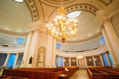 Intérieur classique de cathédrale de Helsinki Image stock