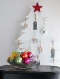 Intérieur coloré d'arbre de Noël Photographie stock