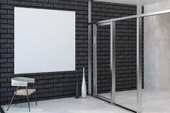Intérieur contemporain avec le panneau d'affichage vide Photos libres de droits
