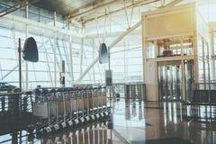 Intérieur contemporain d'aéroport Photo stock