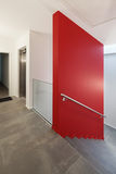 Intérieur, couloir avec l'escalier Photo libre de droits