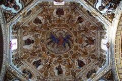 Intérieur d'église de Santo Domingo images libres de droits
