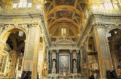 Intérieur d'église en Italie en Ligurie images stock