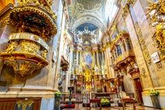 Intérieur d'église Peterskirche de St Peter à Vienne, Autriche photos libres de droits