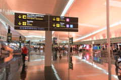 Intérieur d'aéroport de Barcelone, Espagne Image libre de droits