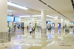 Intérieur d'aéroport de Dubaï Image stock