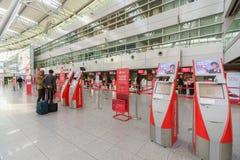 Intérieur d'aéroport de Dusseldorf Photographie stock