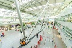Intérieur d'aéroport de Dusseldorf Image stock