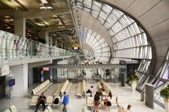 Intérieur d'aéroport de Suvarnabhumi Images libres de droits