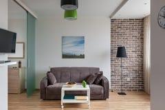 Intérieur d'appartement moderne dans le style scandinave photographie stock libre de droits