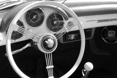 Intérieur d'arrière de voiture de sport de vintage Photographie stock libre de droits