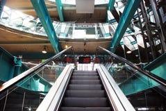 intérieur d'escalator image libre de droits