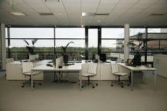 Intérieur d'immeuble de bureaux Images stock