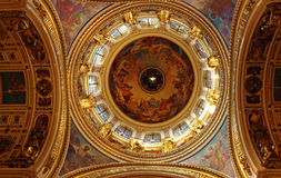 Intérieur d'Isaac Cathedral, St Petersbourg photos stock