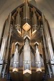 Intérieur d'organe moderne d'église de Hallgrimskirkja à Reykjavik, Islande images libres de droits