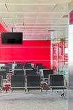 Intérieur d'un aéroport moderne Images libres de droits