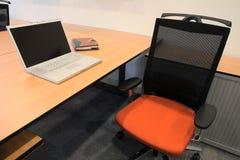 Intérieur d'un bureau neuf Image libre de droits