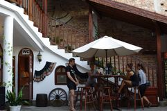 Intérieur d'un restaurant bulgare Photographie stock libre de droits