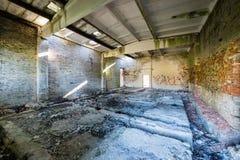 Intérieur d'un vieil hôpital soviétique abandonné Images libres de droits