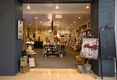Intérieur d'une boutique de cadeaux Photos libres de droits