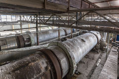 Intérieur de bâtiment industriel avec des centrifugeuses de carbonate de sodium Image libre de droits