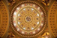 Intérieur de basilique Photos libres de droits