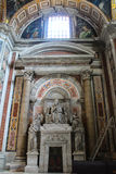 Intérieur de basilique de rue Peters Image stock