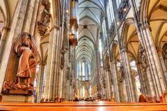 Intérieur de cathédrale de Cologne, Allemagne image libre de droits