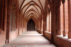 Intérieur de cathédrale de Mayence Photos libres de droits