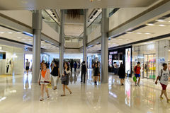 Intérieur de centre commercial de Hong Kong Photos libres de droits