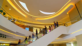 Intérieur de centre commercial de place de Hysan, Hong Kong Image stock