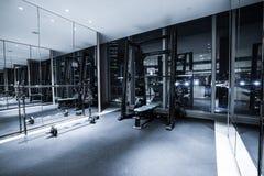 Intérieur de centre de fitness Photos libres de droits