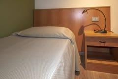Intérieur de chambre à coucher d'hôtel photo stock