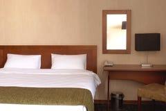 Intérieur de chambre à coucher d'hôtel Image stock