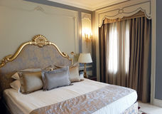 Intérieur de chambre à coucher dans l'hôtel de première qualité Image stock