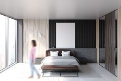 Intérieur de chambre à coucher de grenier, affiche, femme Image stock